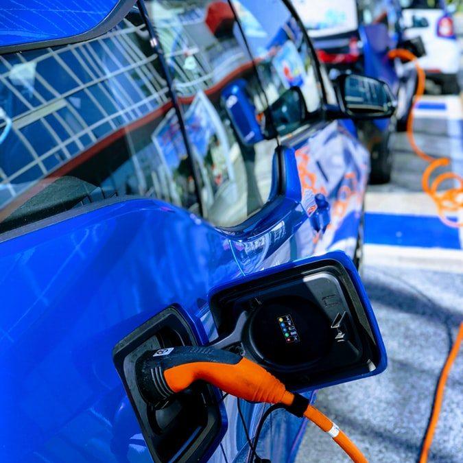 Irlanda prohibirá los vehículos de gasolina y diésel en 2030